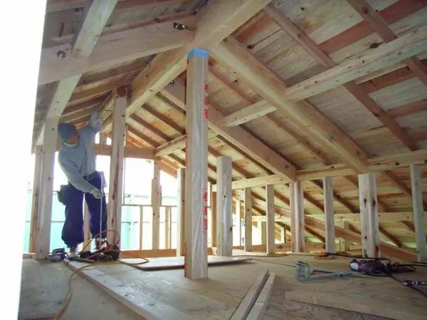"""装配式钢结构,木结构 > """"用木头,造一所木屋""""(上)  2,木结构承重框架"""