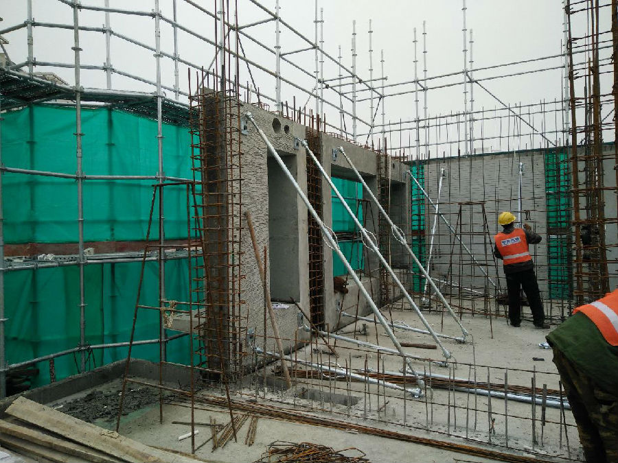 高层住宅4#,6#~9均采用装配整体式剪力墙结构,单预制率需在25%以上