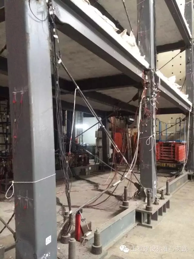 清华大学土木工程系顺利完成全预制装配式钢框架结构